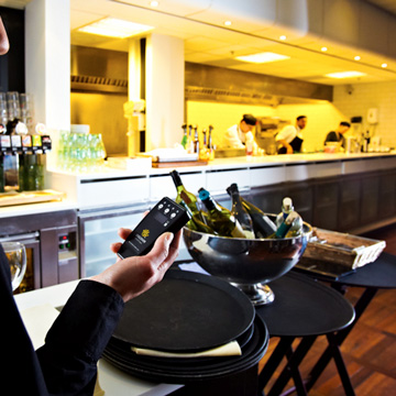 tjenerkald tjener håndholdt pager servering
